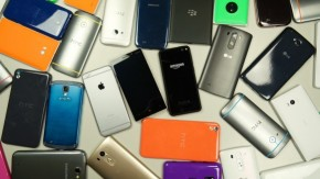 1455451552_phones