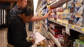 1463153037_us_navy_100526-n-9520g-001_sailors_look_over_a_list_of_grocery_items_during_a_healthy_choices_scavenger_hunt_supporting_commissary_awareness_month