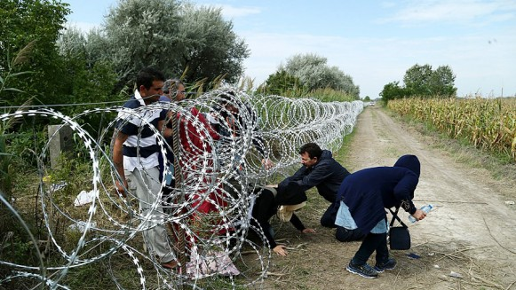 1466997083_migrants_in_hungary_2015_aug_018